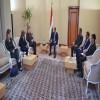 الأحمر للسفير الامريكي: دكينا اوكار الإرهاب ونحرص على دولة الستة أقاليم