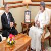 تجري في سرية تامة..مفاوضات بين الحكومة والانقالابيين في عمان
