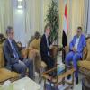 وزارة الثقافة تبحث اسناداً دولياً لاستعادة آثار اليمن المهربة