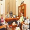 رئيس المجلس الانتقالي يناقش مع اللواء علي قاسم طالب الأوضاع في الجنوب