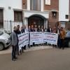 موفدو الجامعات الحكومية يواصلون اعتصامهم أمام مبنى سفارة بلادنا في الهند