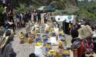 توزيع 150 سلة غذائية في منطقة ادود صبر الموادم في محافظة تعز من قبل وقف الواقفين