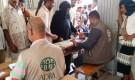 منظمة (ADRA) توزع قسائم المساعدات الغذائية بمديرية ردفان