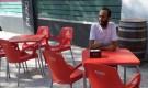 شاهد مما يشكوه اللاجئ اليمني الذي وصل إسبانيا