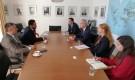 الوزير عسكر يناقش مع مسؤول بلجيكي أوضاع حقوق الانسان في اليمن