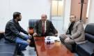 نائب رئيس الوزراء يلتقي رئيس قطاع تلفزيون حضرموت ويؤكد أهمية إطلاق القناة في فضاء الإعلام المرئي
