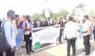 الفرق المتطوعة تنفذ نزولها الميداني لتوعية المواطنين بطرق الوقاية من وباء كرونا في عدن