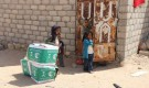 مركز الملك سلمان للإغاثة يدشن توزيع السلال الغذائية بمديريات محافظة المهرة