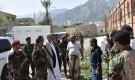 محافظ تعز يزور السجن المركزي بعد استهدافه من قبل المليشيات الحوثية ..والبركاني يجري اتصال معه