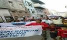 يحدث الان  : مظاهرة في  مدينة كريتر للمطالبة بتوفير الخدمات (مصور)