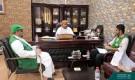 فريق البرنامج السعودي في المهرة يجتمع بوكيل المحافظة للشؤون الفنية