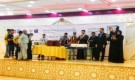 عدن : الوكيل السقاف يثمن جهود المبادرات الشبابية في دعم السلطة المحلية لمكافحة كورونا