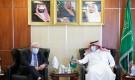 غريفيث يكشف تفاصيل زيارته إلى الرياض ولقاءه بمسؤولين يمنيين وسعوديين