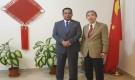 ممثل خارجية الانتقالي يبحث مع السفير الصيني اجراءات تنفيذ اتفاق الرياض وآلية تسريعه
