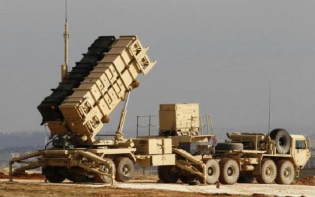 دفاعات التحالف تسقط صاروخ باليستي حوثي في سما نجران