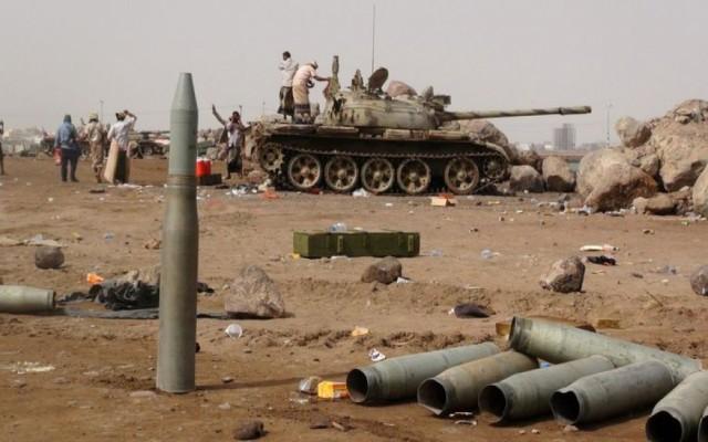 بماذا علق سياسي يمني على وقف إطلاق النار في أبين