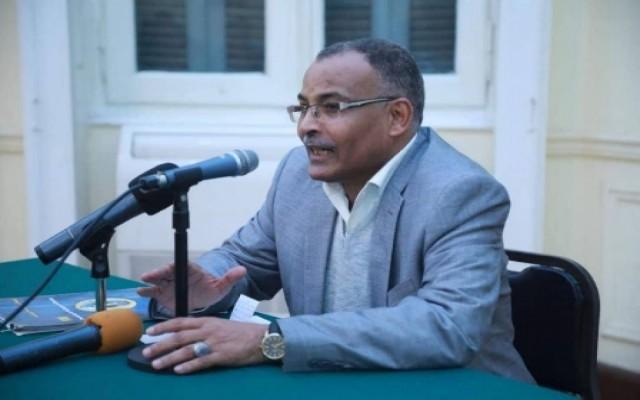 ما الذي قاله سكرتير الرئيس صالح عن إقالة الفريق فهد بن تركي ؟