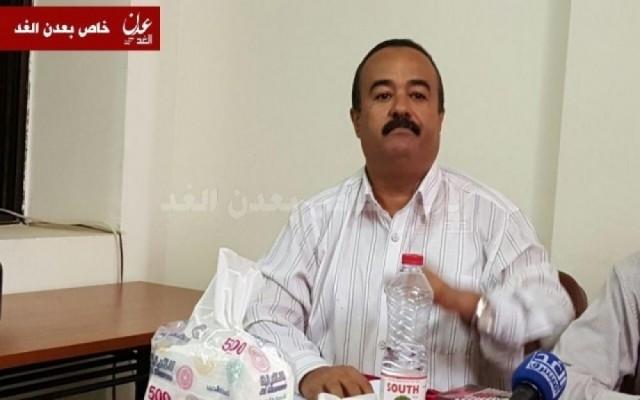 الربيعي: لا يمكن الحديث عن وحدة و أقاليم قبل تحرير صنعاء