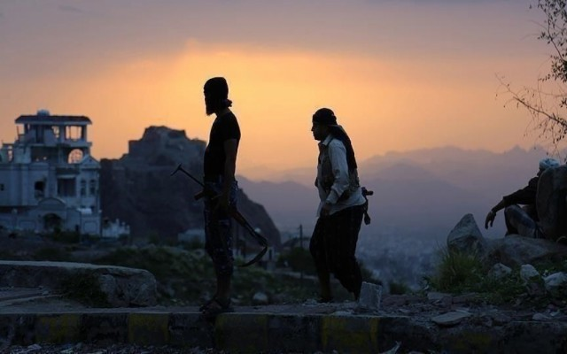الجيش: العثور على 6 ألغام بحرية زرعها الحوثيون