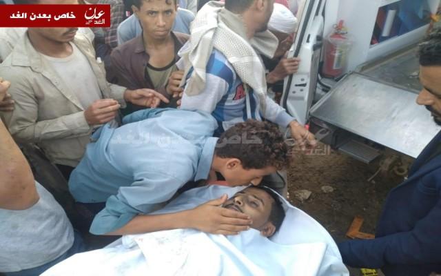 تشييع جثمان الصحفي اديب الجناني بتعز