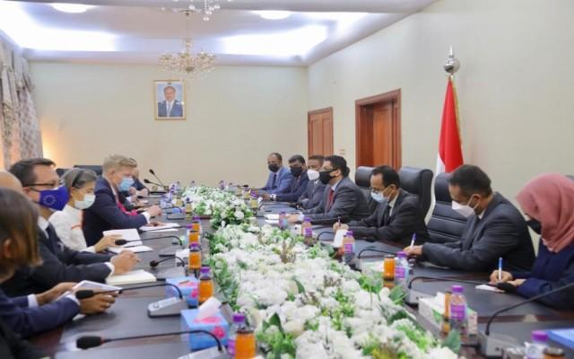 وزير الخارجية يلتقي سفراء عدد من الدول الاوربية